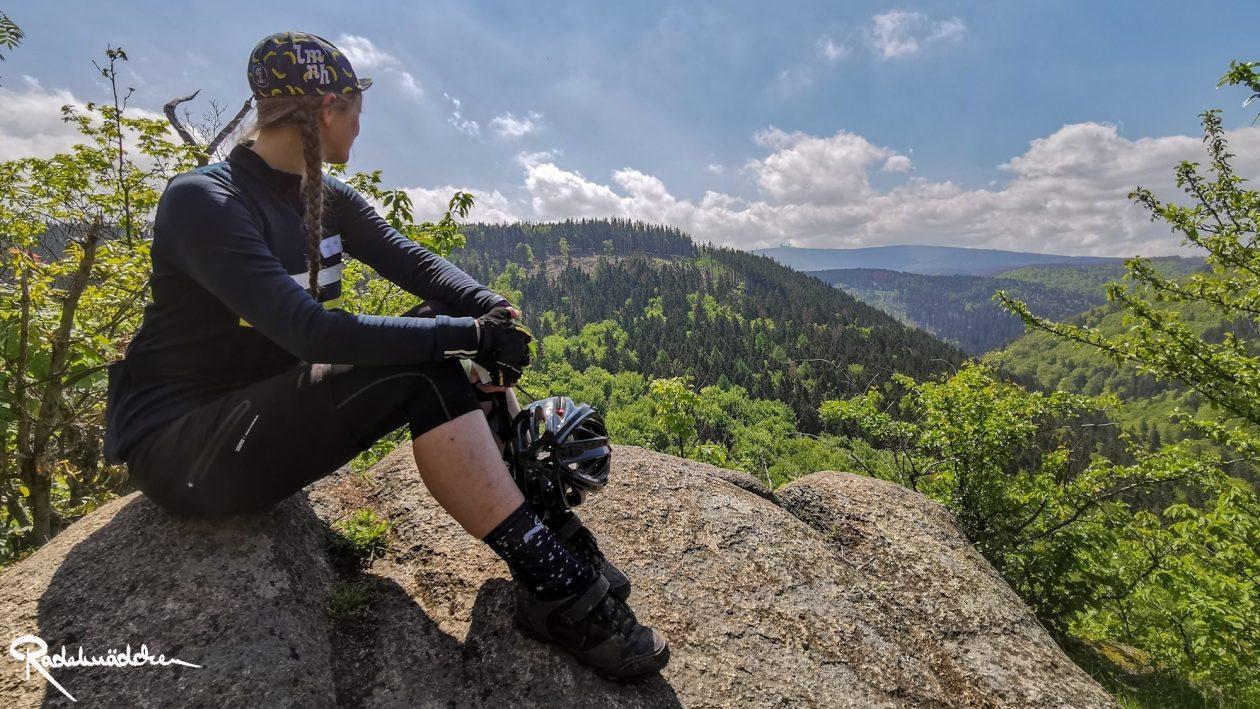 E-MTB-Mountainbike-Harz-Wernigerode-ebike-your-life_Radelmaedchen_Jan-Bubenik-15