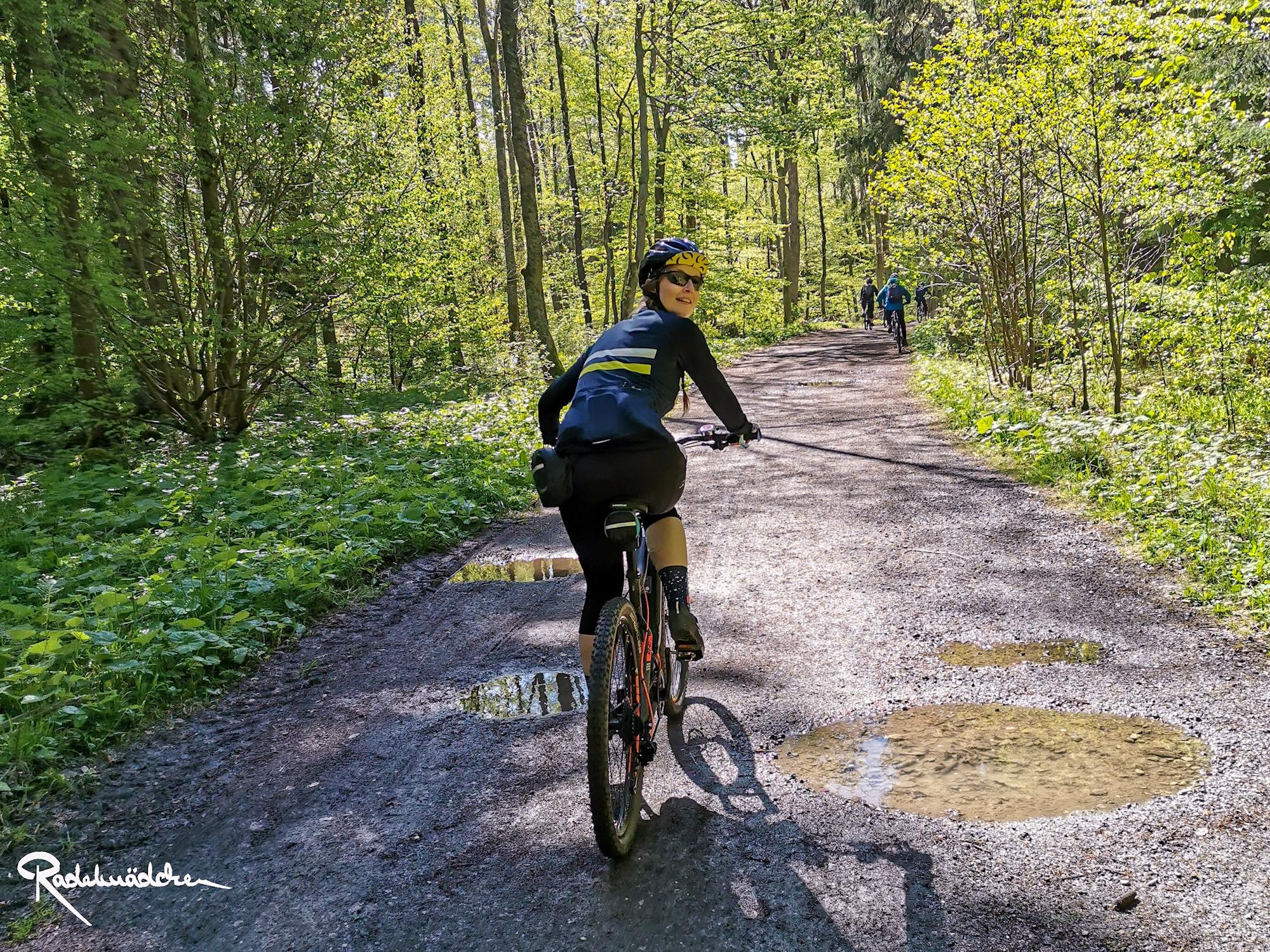 E-MTB-Mountainbike-Harz-Wernigerode-ebike-your-life_Radelmaedchen_Jan-Bubenik-23
