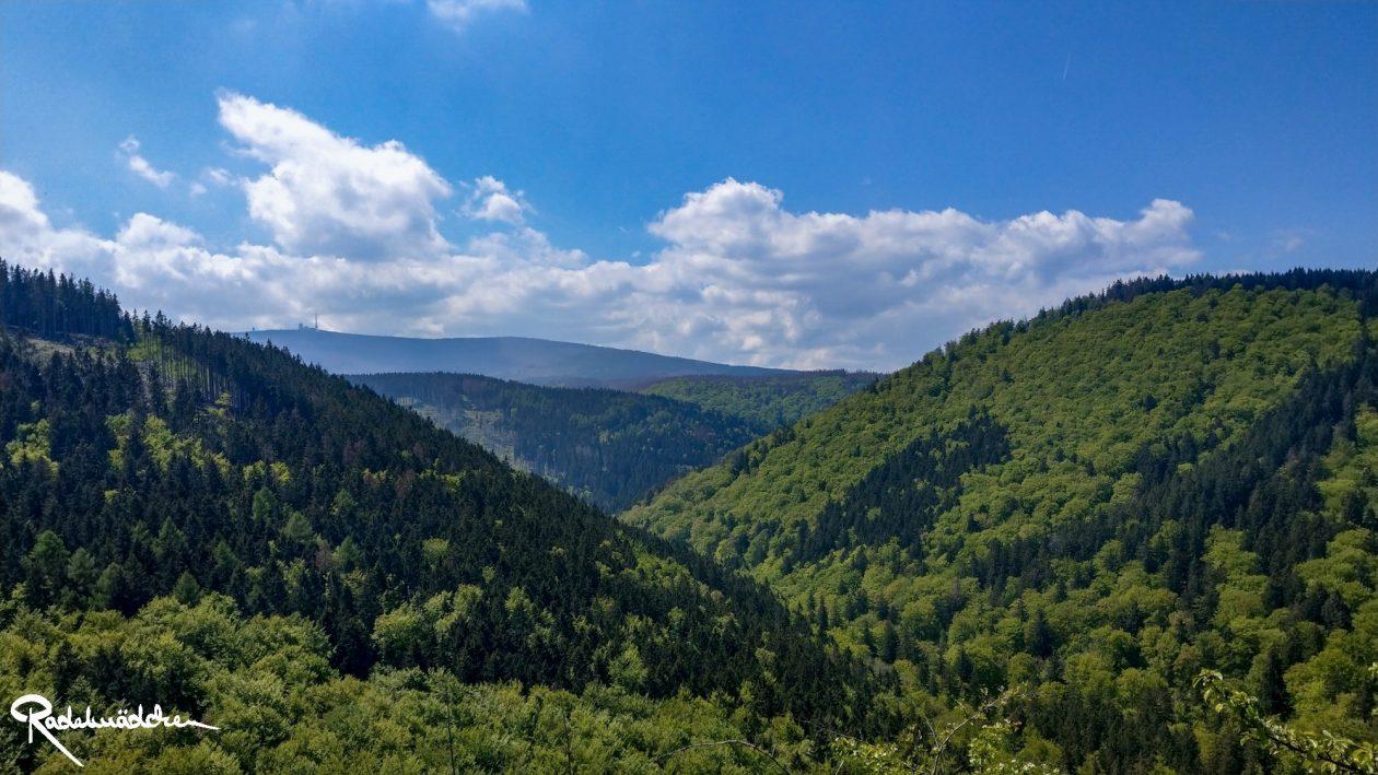 E-MTB-Mountainbike-Harz-Wernigerode-ebike-your-life_Radelmaedchen_Jan-Bubenik-9-1