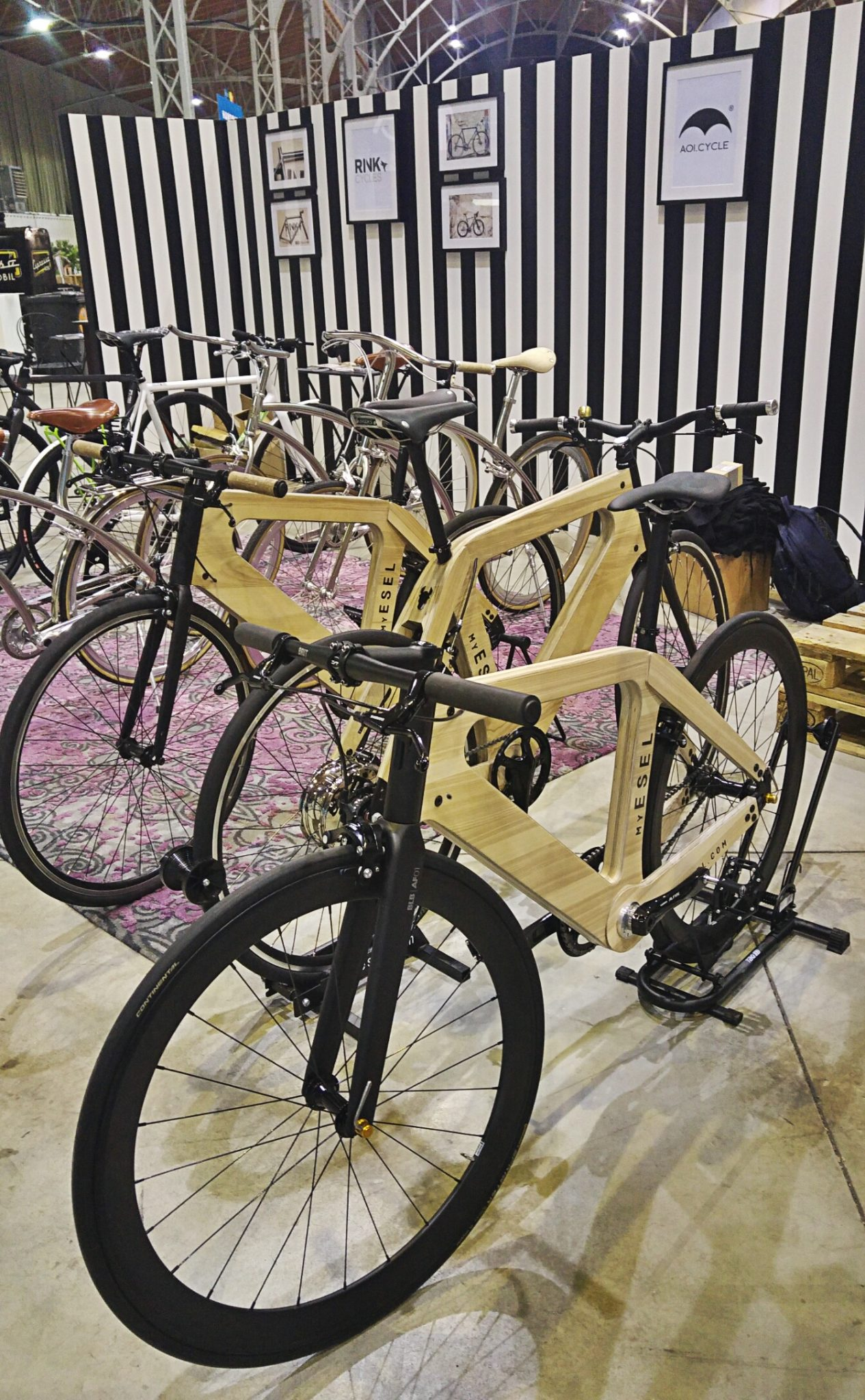 Esel Wooden bike