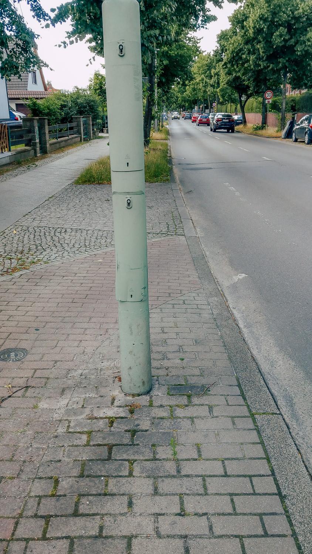 Laterne an der Straße Unfall Ort