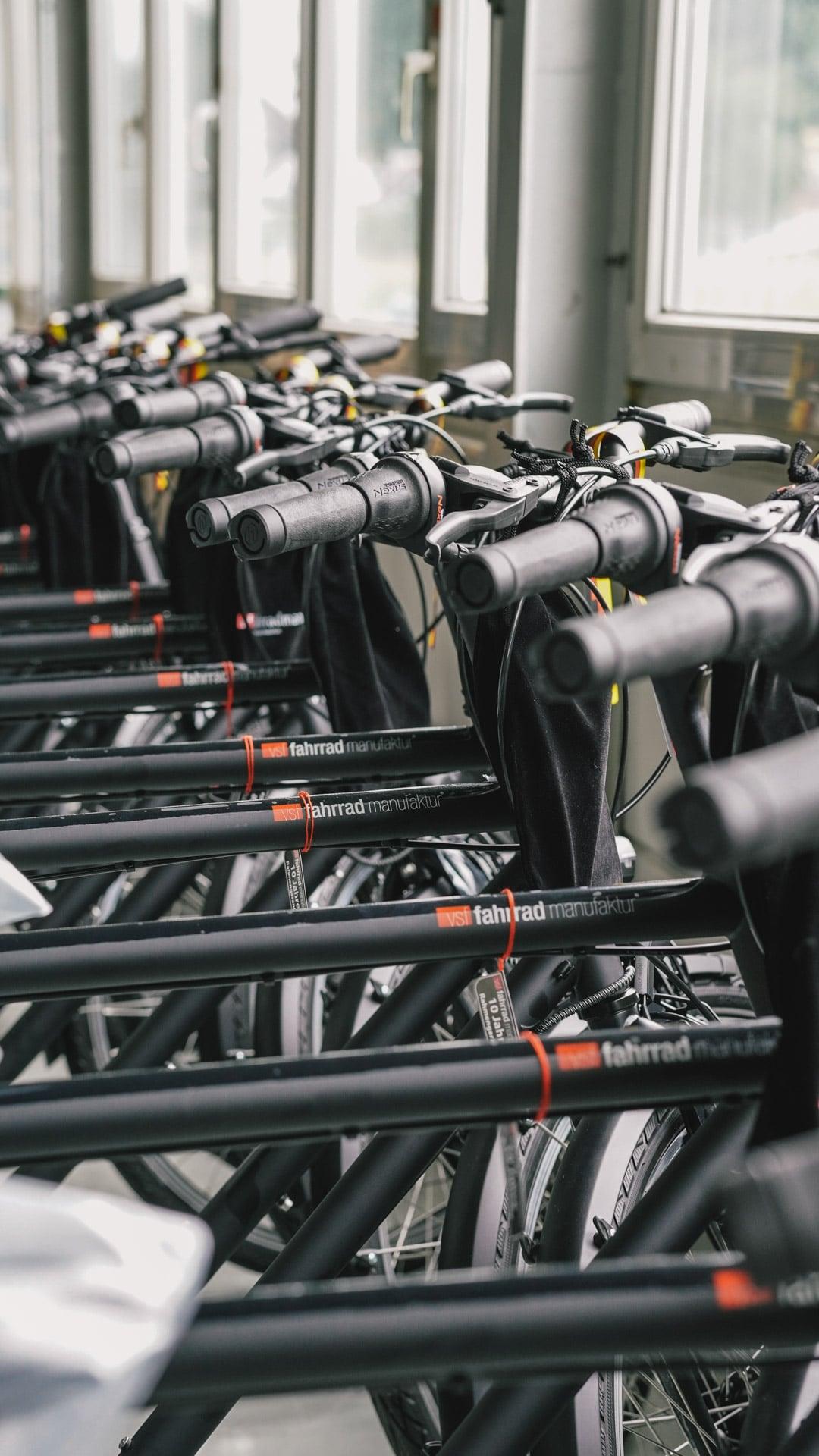 Fahrradrahmen Oberrohr mit Schriftzug